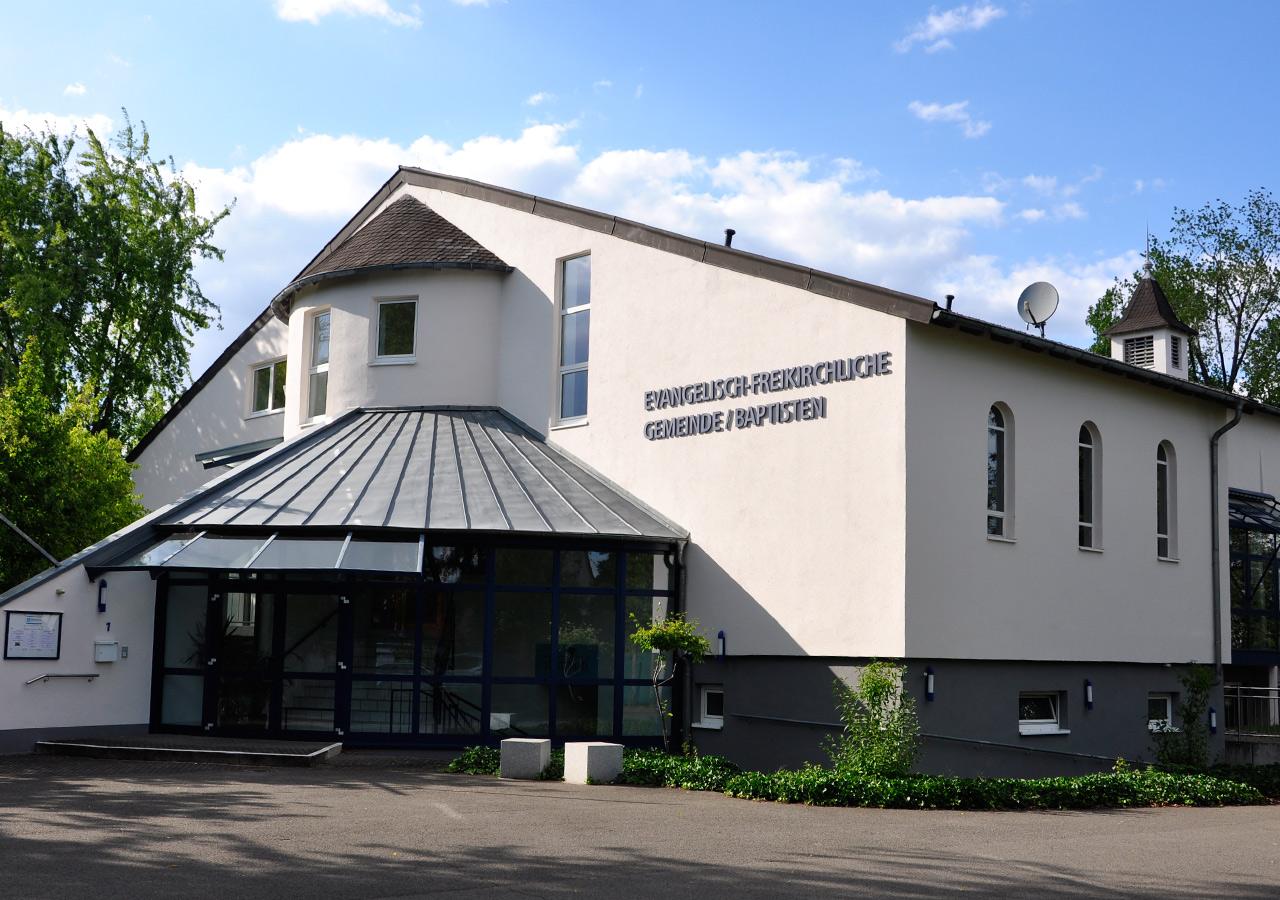 Kreuzkirche Front
